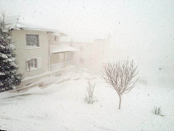 Temperature a picco, nevica anche a quote collinari