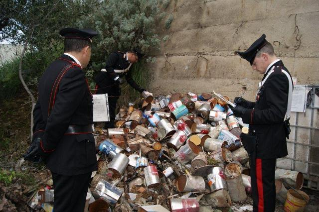 Smaltimento illecito di rifiuti speciali, denunciate quattro persone