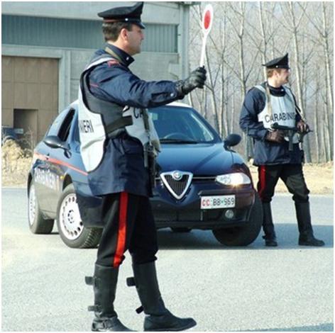 Abusivismo, furto, lavoro in nero. I Carabinieri denunciano nove persone