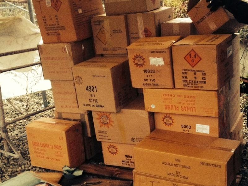 Deposito di materiali esplodenti a Camposarcone, scoppia la polemica