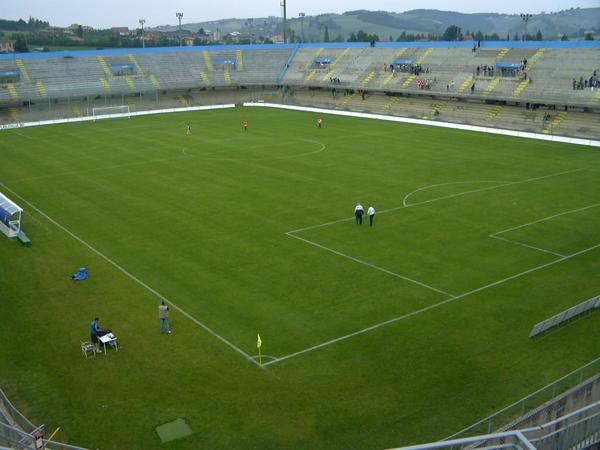 Lavori allo stadio di Selvapiana, 'spariti' gli 800mila euro
