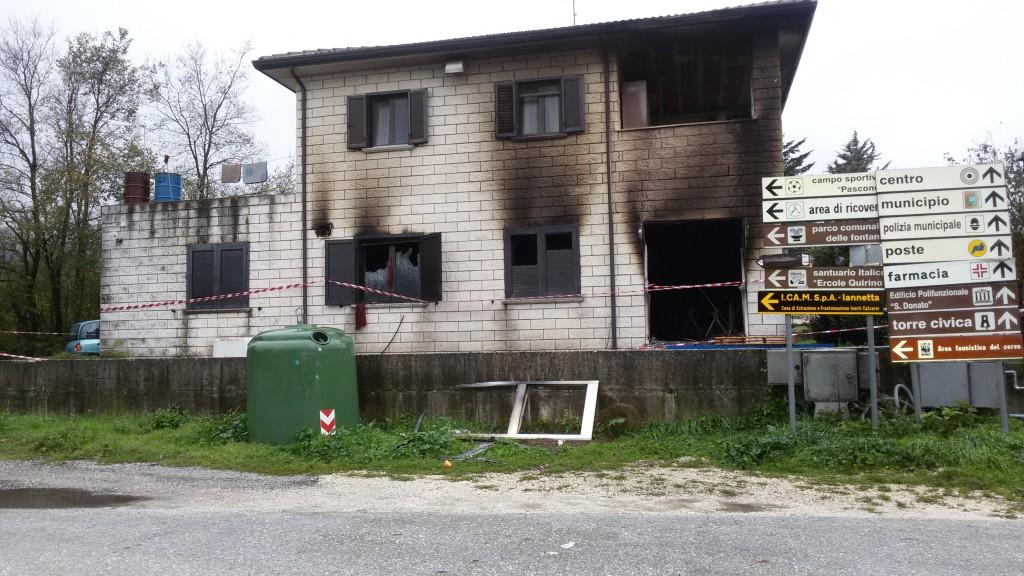 A fuoco il nightclub Flamingo di Campochiaro. Sul posto due taniche di gasolio