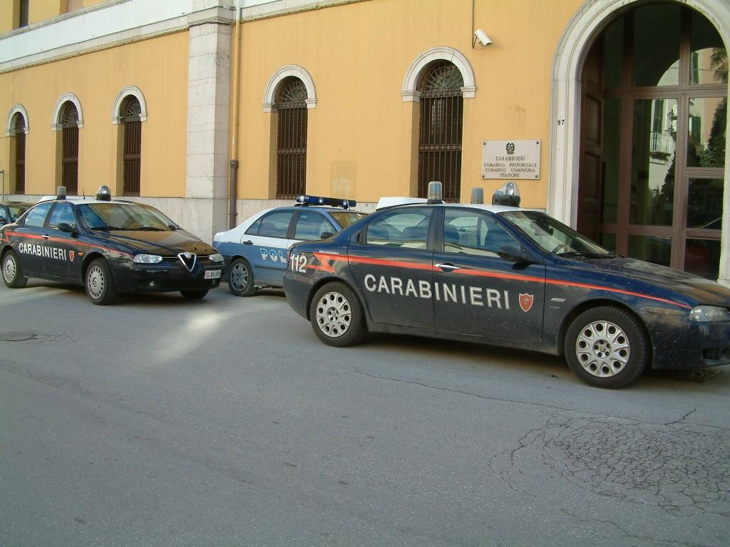 Nuova lite nel parcheggio dell'Oasi, arrestato un senegalese