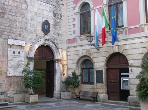 Palazzo San Francesco, FdI dà l'assenso alla proposta del tavolo politico del centrodestra