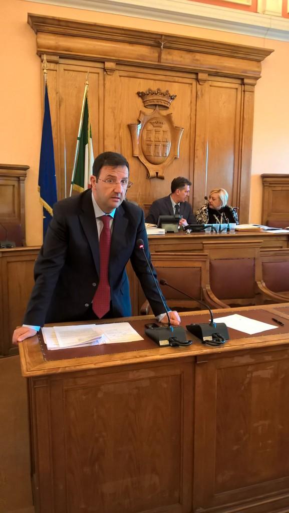 Campobasso: scintille in Consiglio, poi l'ok alle tariffe Tari e Imu