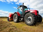 trattore-agricoltura-campagna-535x300.jpg