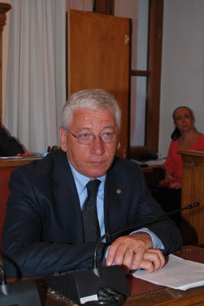 Spending review a Palazzo San Giorgio, Ambrosio rilancia la sua proposta