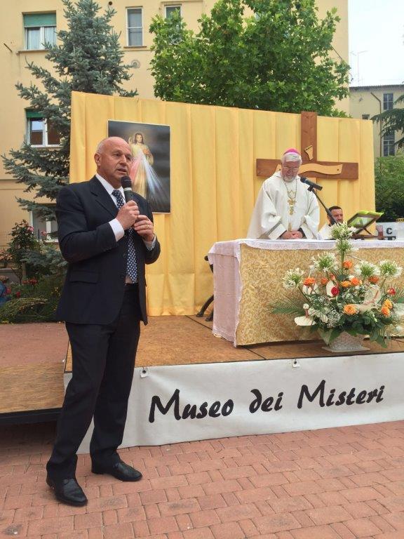 Corpus Domini, nella messa precedente la vestizione ricordato il vigile De Vivo