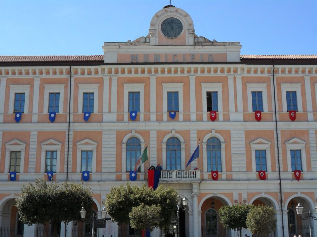 Scuole in via Berlinguer e via Sant'Antonio, i grillini puntano il dito contro l'esecutivo comunale