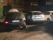 1-cassettone-auto-incendiate-in-via-Sicilia-3.jpg