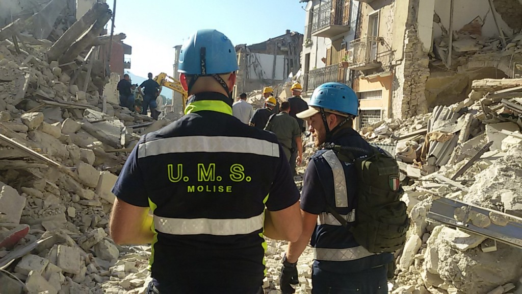 Sisma nell'Italia centrale, il lavoro dell'unità mobile di soccorso Molise
