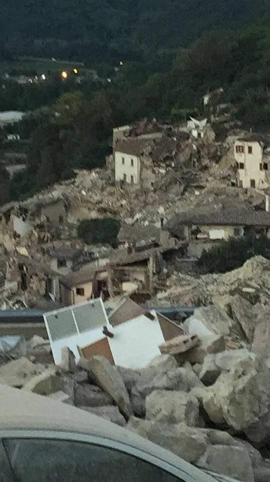 """Sisma nell'Italia centrale, Frattura: """"Vicini alle popolazioni"""""""