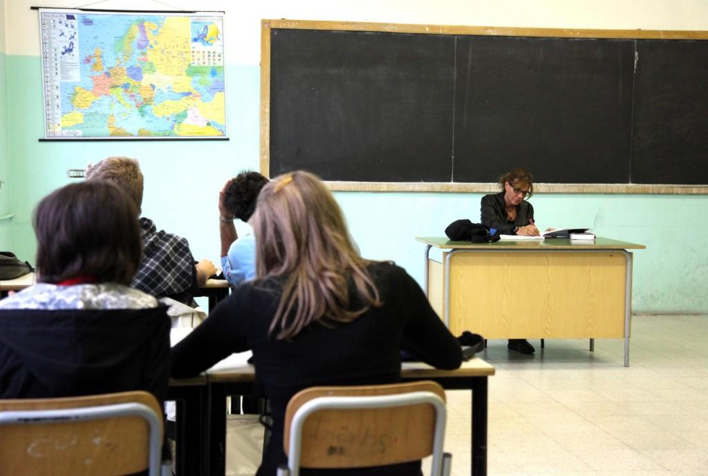Esodo dei docenti molisani, i politici contro la 'buonascuola'