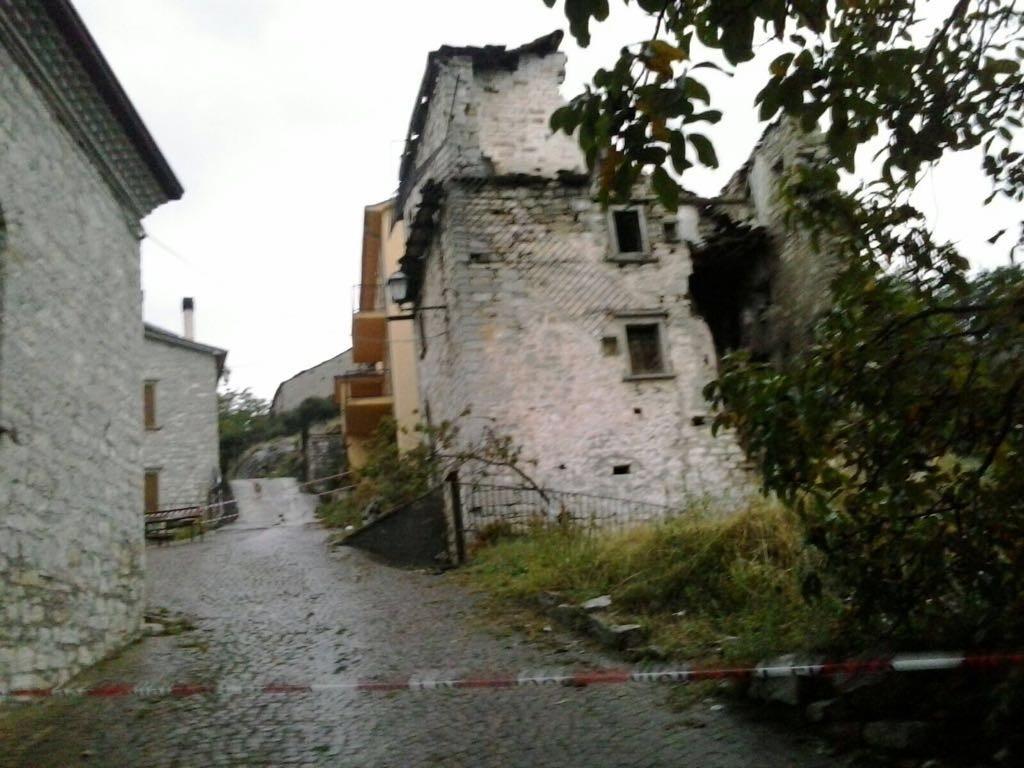 Agnone, crolla una palazzina nella frazione di Villacanale