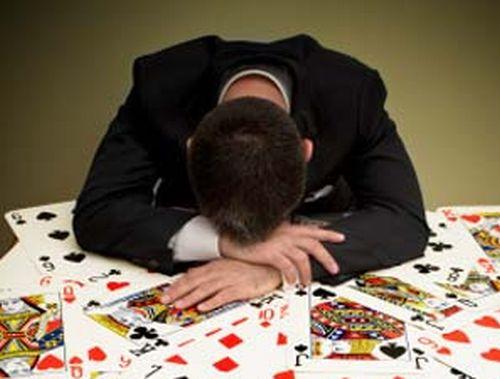 Gioco d'azzardo, via alla campagna per combattere le dipendenze