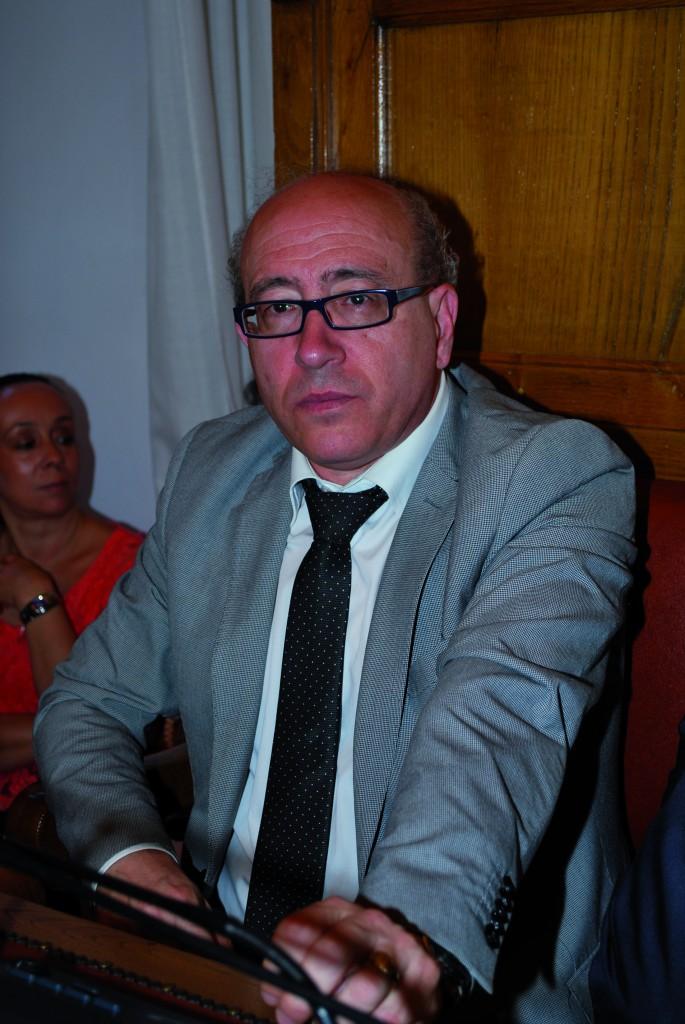 Colpo di scena in Comune, Colarusso si dimette