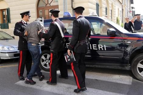 Rapina e tentata estorsione, due pregiudicati arrestati dai carabinieri a Isernia