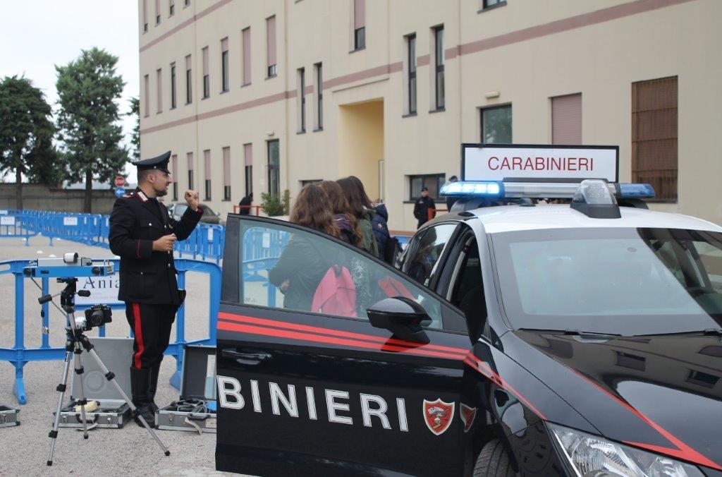 Caserme aperte anche a Campobasso: 230 studenti a lezione di sicurezza stradale