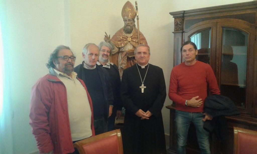 La solidarietà del vescovo Cibotti ai cantonieri della Provincia: sarà con loro al presidio