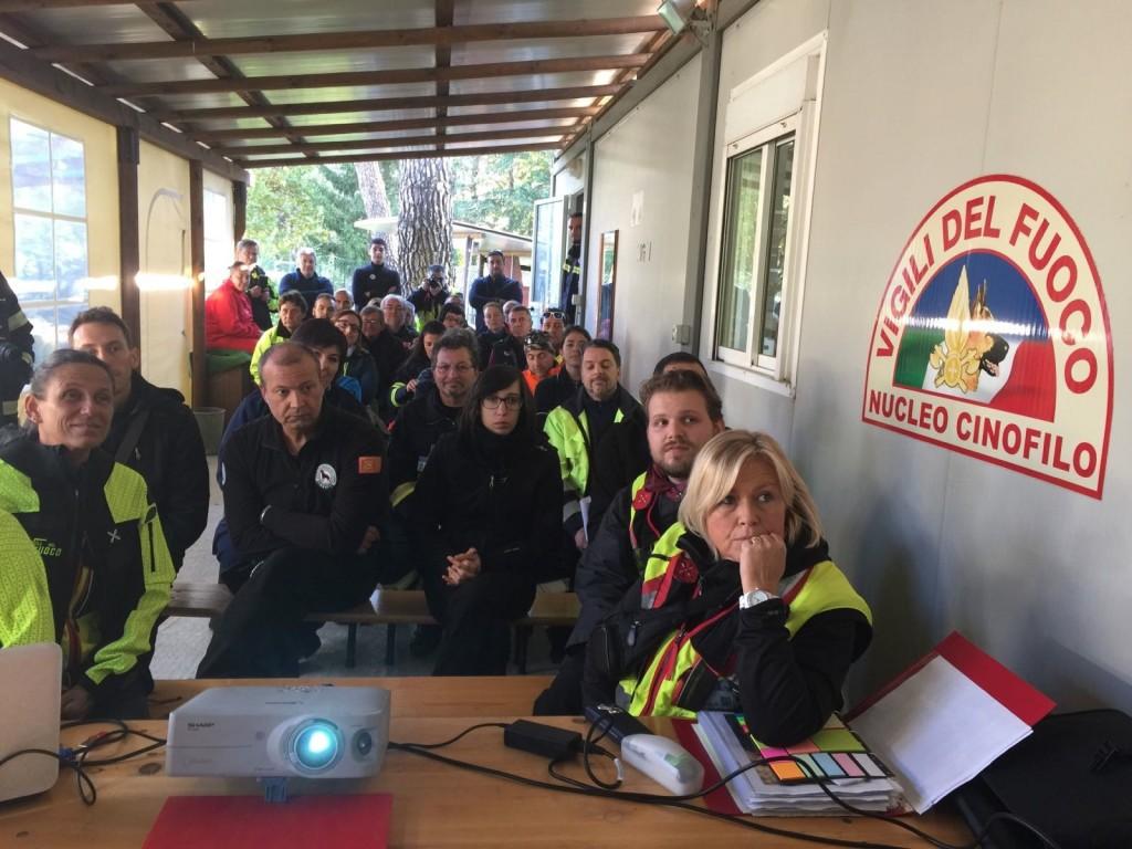 Addestramento sulle macerie, vigili del fuoco in congedo da tutta Italia a scuola a Campochiaro