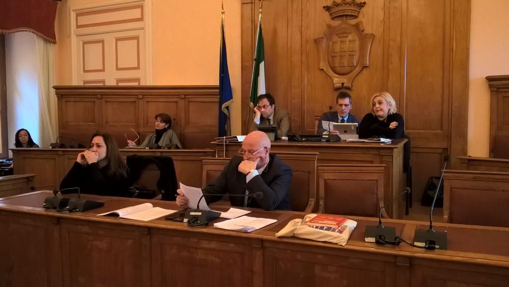 Veleni in maggioranza, alta tensione in Consiglio comunale