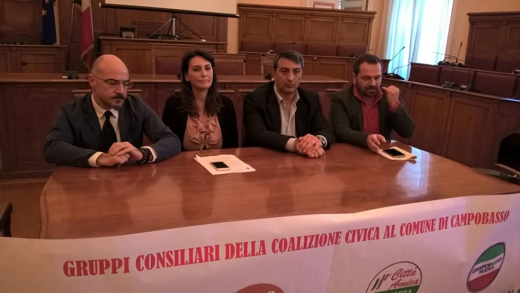 Campobasso, 70mila euro in più per la giunta a 9: i civici preparano la sfiducia a Battista
