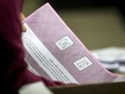 referendum-scrutinio-schede-particolare-No.jpg
