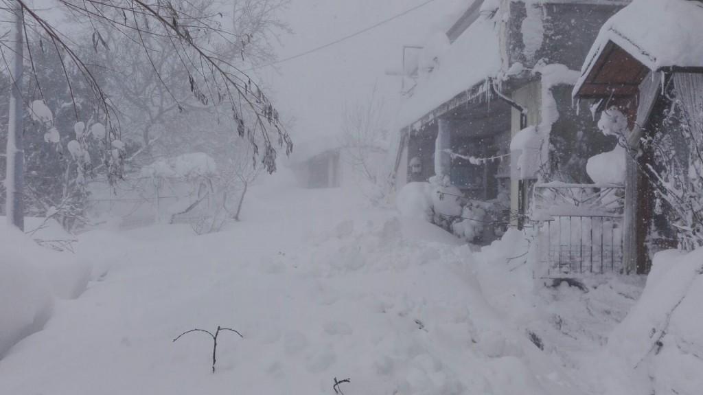 Neve intensa, situazione difficile nelle contrade di Agnone