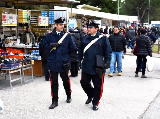 carabinieri-controllo-a-piedi.jpg