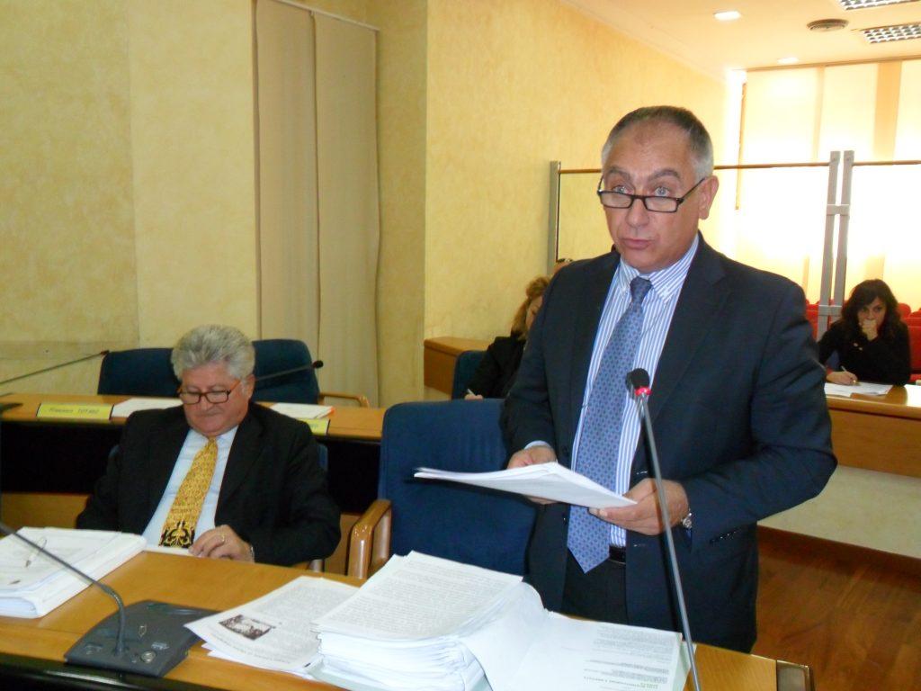 Obiettivo: rafforzare l'area moderata. Intesa fra Popolari e 'Cristiani' di Baccini