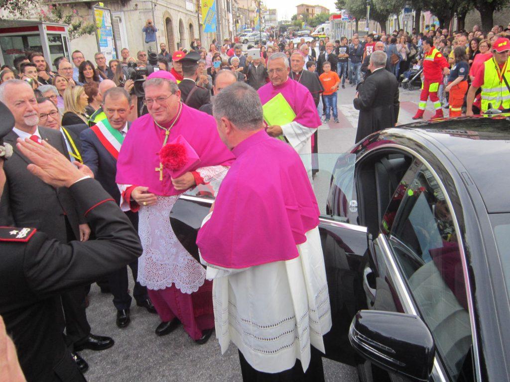 Trivento in festa per l'arrivo di monsignor Claudio Palumbo