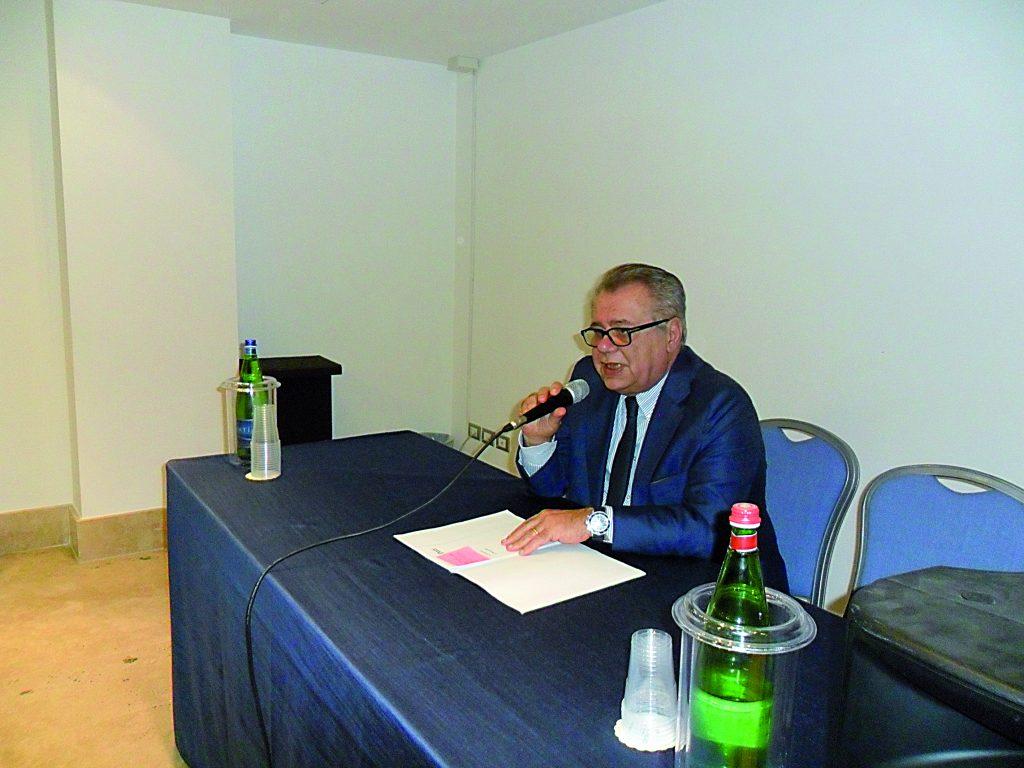 Iorio lascia il Consiglio, a Palazzo D'Aimmo torna Nico Romagnuolo