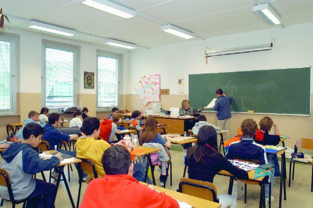 Emergenza nelle scuole: dalla società normativa a quella affettiva