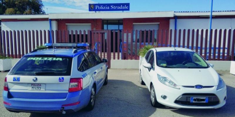 Vasto, Ford Fiesta rubata nelle Marche recuperata dopo l'inseguimento