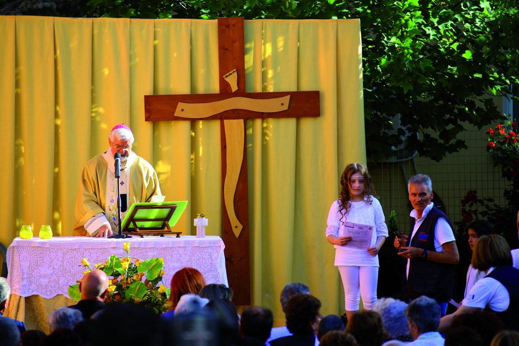 Misteri a Campobasso, identità e unità nelle parole del vescovo: la sfilata chiusa all'insegna della distensione