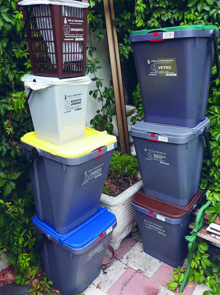 «Troppi disagi», parte 'con riserva' la raccolta differenziata nel quartiere Cep