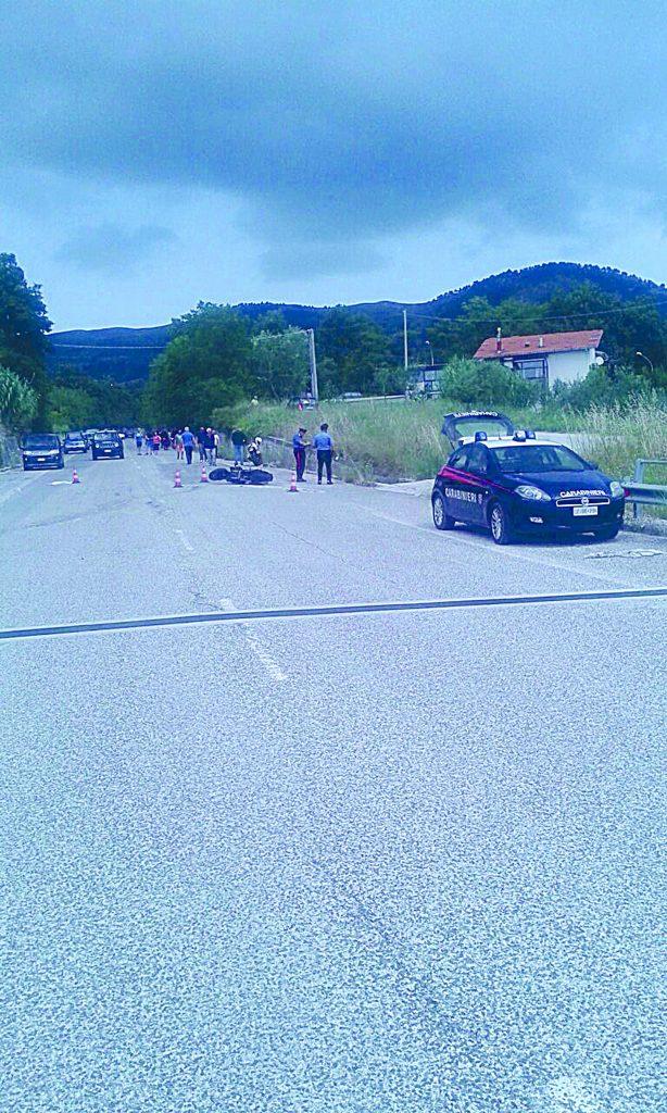 Centauro cade e muore sul viadotto di Belmonte