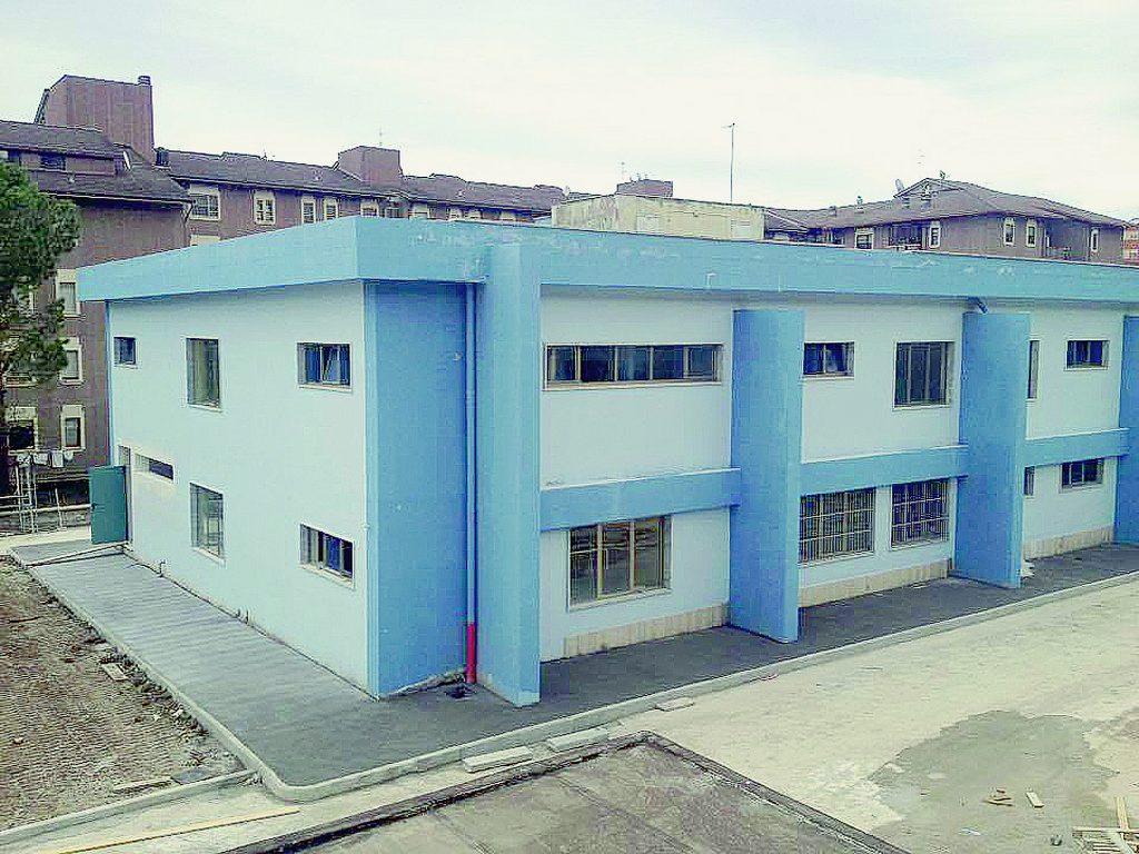 Scuola Don Milani di Campobasso, scadenza rispettata: consegnati i lavori