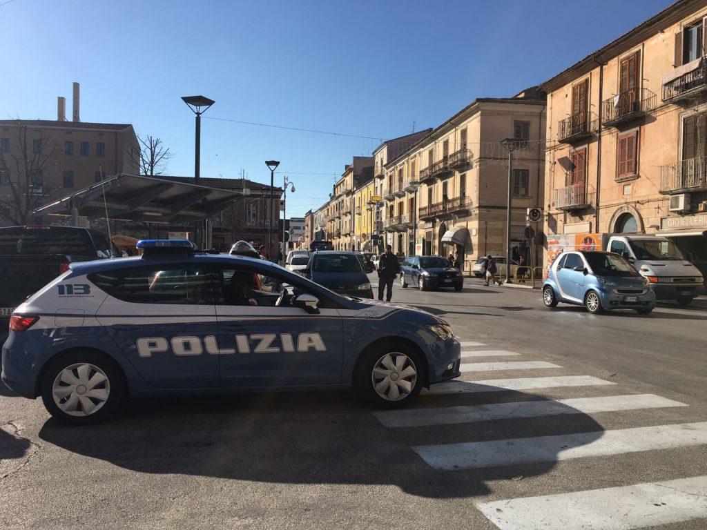 Botte da orbi alla Stazione di Isernia tra due extracomunitari, arrivano 118 e Polizia