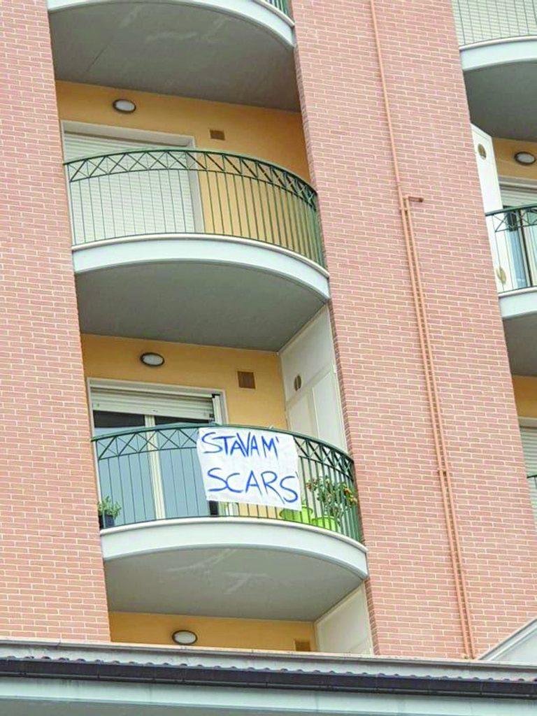 Gli 'anti' si godono il successo in piazza: «Matteo simbolo di un Paese rovesciato»