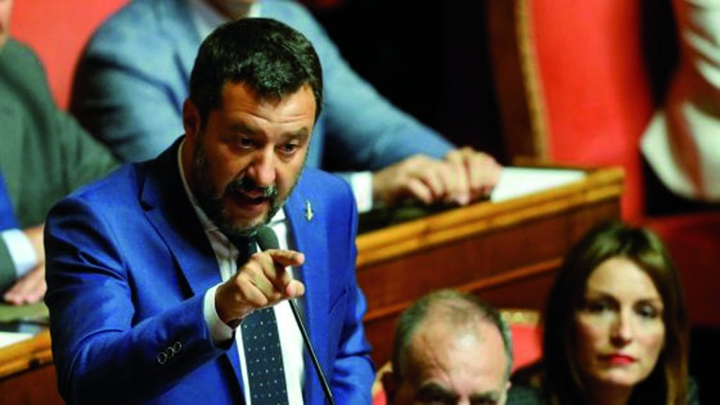Il premier in Aula il 20, Salvini va sotto in Senato ma rilancia: «Taglio dei parlamentari e voto»