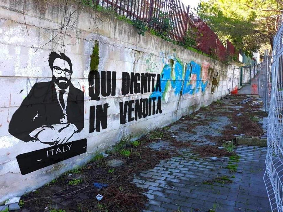 Il murale di protesta contro Federico fa il giro dei social