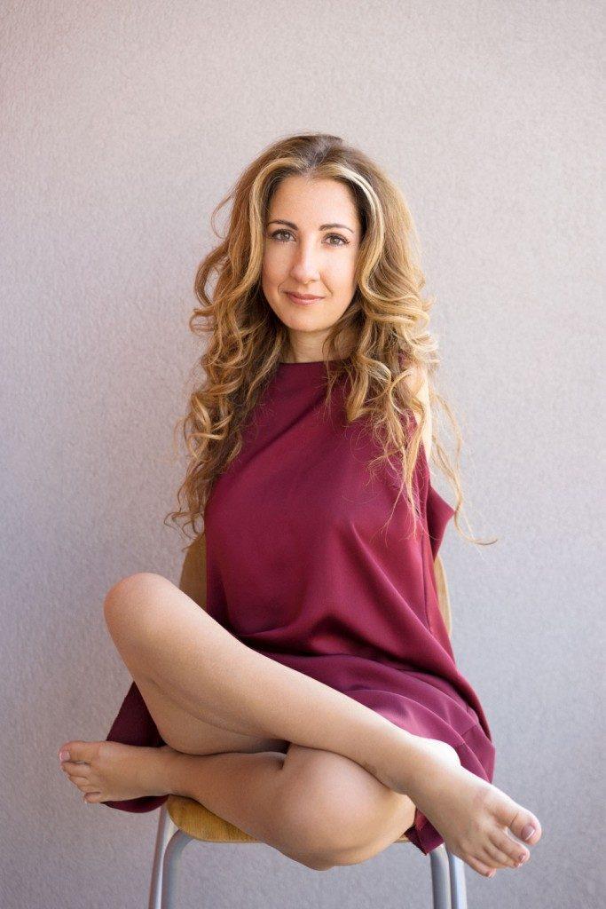 L'agosto a Pietrabbondante, stasera l'incontro motivazionale con la ballerina e pittrice Simona Atzori