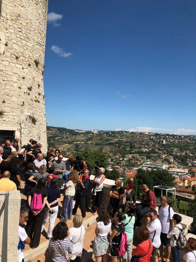 """Da villa de Capoa al Castello Monforte, il trekking urbano """"invade"""" il centro storico di Campobasso"""
