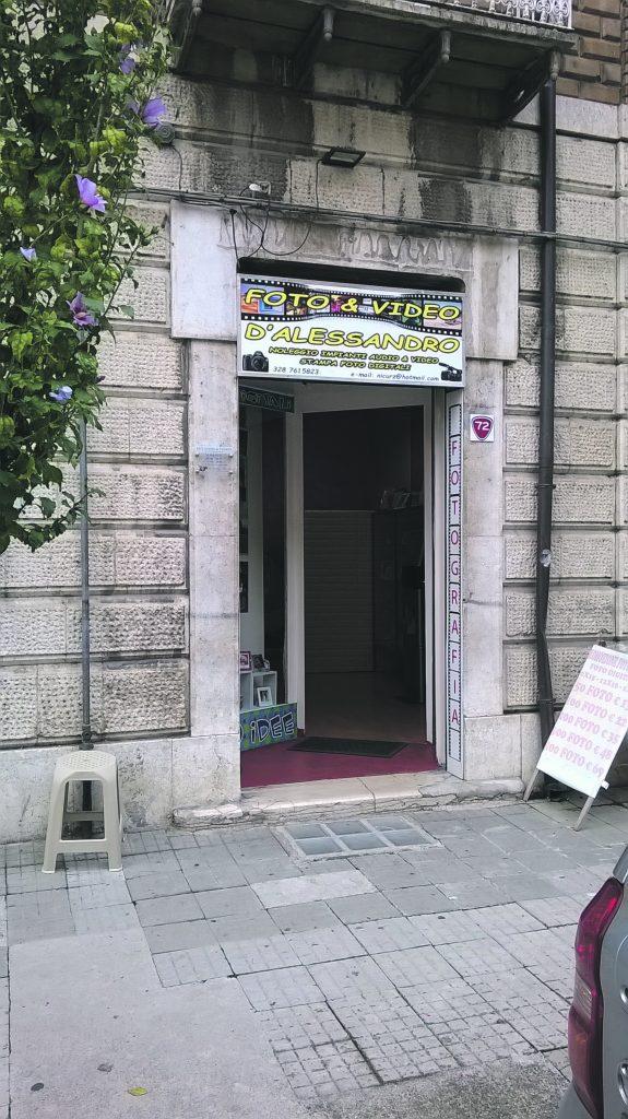 Il raid all'ora di pranzo: due i ladri in azione a Bojano, refurtiva per 8mila euro