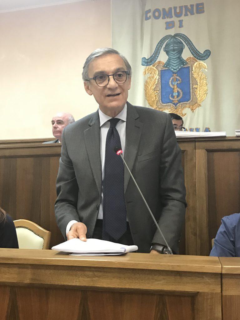 Strisce blu a Isernia, il sindaco sbotta: basta fake news