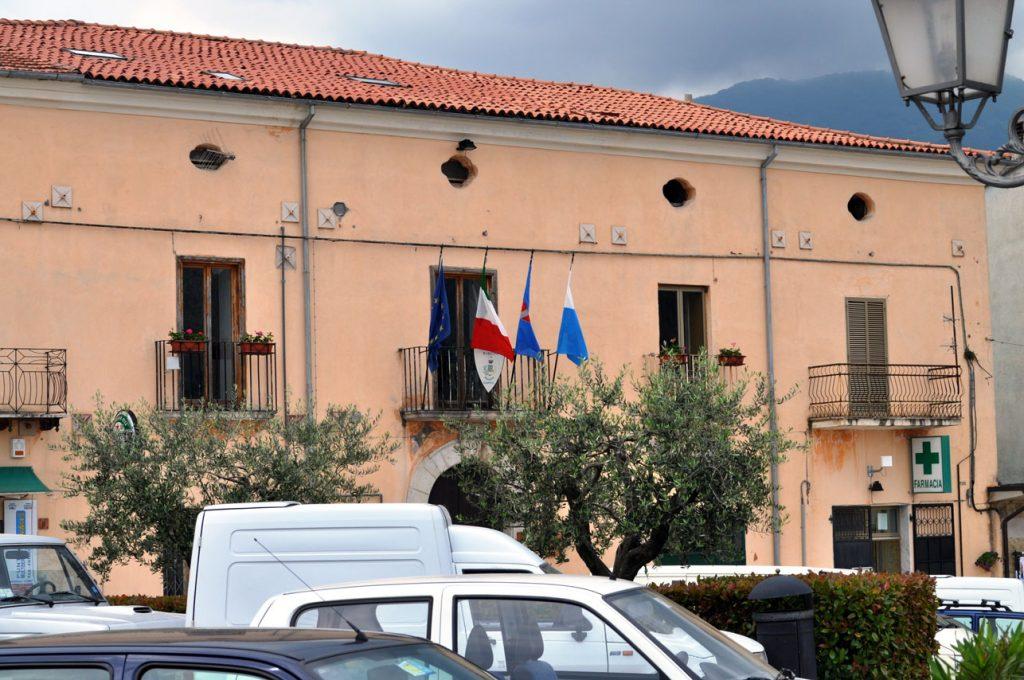 Fondi bloccati alla cooperativa, chiude lo Sprar di Scapoli
