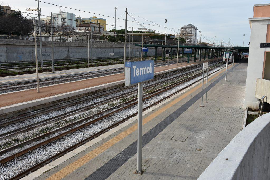 Termoli, sul raddoppio ferroviario «commedia degli equivoci»