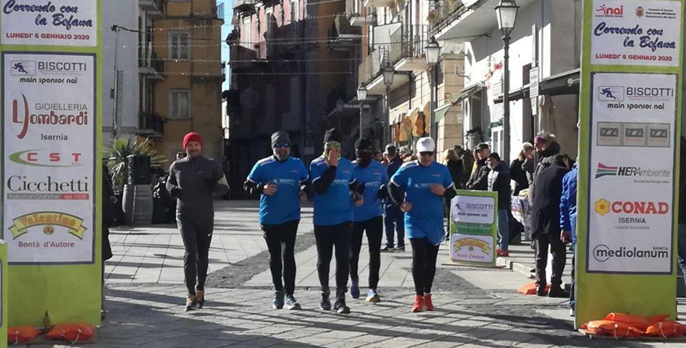 'Correndo con la Befana': in 150 hanno animato le vie del borgo a Isernia