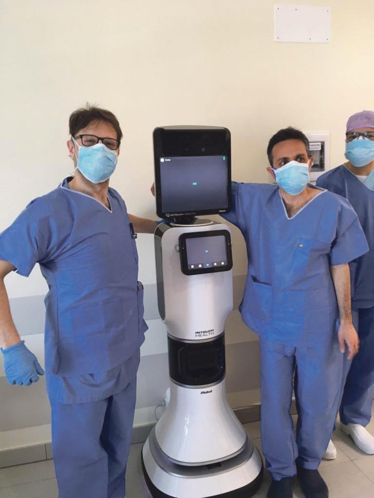 Guerra tecnologica al Covid, visite col robot Intouch Vita